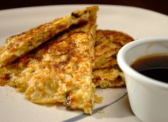 Matzo Brei- it's like french toast, but for passover.....Soak 4 matzo ...