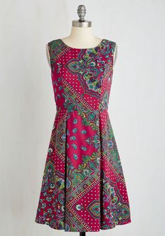 I Rest My Grace Dress in Tile. Your style has been described in many fabulous ways - classic, timeless, oh-so-elegant - and this printed dress offers posh proof! #multi #modcloth