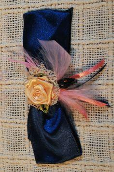 Rosalinas - peças artesanais de Paula Correa - presilha laço de cetim azul