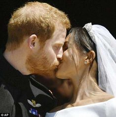 Prince Harry-Meghan Markle Royal Wedding Day at St. George's Chapel, Windsor Castle So today, May 2018 at noon local time, was Prince Harry-Meghan Prince Harry Wedding, Harry And Meghan Wedding, Meghan Markle Wedding, Princesa Diana, Princesa Charlotte, Lady Diana, Sarah Rafferty, Prince Harry Et Meghan, Meghan Markle Prince Harry