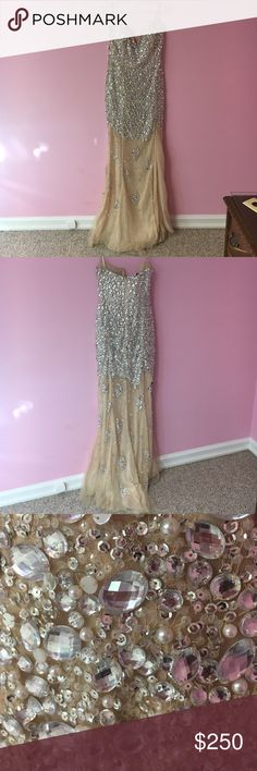 Prom Dress Gorgeous Jovani Prom Dress. Worn once (on my senior prom). In great condition. Seriously one of my favorite articles of clothing-- I hate to part with it but I am moving to California and I have no choice. Giving a REALLY good price for this. Treat her well!!! Jovani Dresses Prom