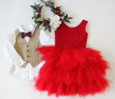 Styled children's photos, what to wear family photos, Christmas photo ideas, holiday photos, sibling sets, family photo ideas, photo ideas, what to wear for photos, boys vests, bowties, tutu dresses, flower crowns, flower halos. Available to rent for photos and special occasions at www.raineyscloset.com.