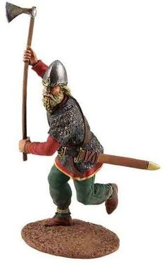 Vikings, Saxons and Normans 62100 Viking Attacking with Axe - Made by Britain's Military Miniatures and Models. Factory made, hand assembled, painted and boxed in a padded decorative box. Excellent gift for the enthusiast.