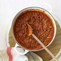 How to Make Pasta Sauces Shh! The secret to a great pasta dish is in the sauce. - Rachel Ray