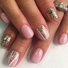 pink nails, nude pink nails, cute nails, nail art, gel mani, nails, nude nails, nude and gold nails, pink and gold nails, gold glitter nails