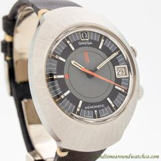 1969 Vintage Omega Seamaster Memomatic Ref. 166.071 Alarm Stainless Steel watch with Original Two Tone Black & Gray Dial with Applied Steel Luminous Bar Markers. Triple Signed. Case Excellent Conditio