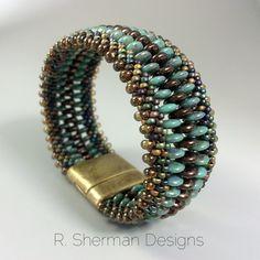 PDF TUTORIAL Kumihimo Beaded Cuff Bracelet por RShermanDesigns
