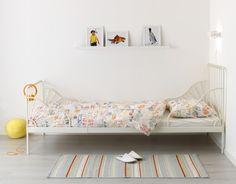 MINNEN uittrekbaar bedframe | #IKEA #LangLeveVerandering #meegroeibed #kinderkamer #tienerkamer #kinderen