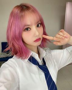 South Korean Girls, Korean Girl Groups, Jung Eun Bi, Fantasy Hair, Cloud Dancer, G Friend, Kpop, Selca, Ulzzang Girl