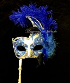 Hey, I found this really awesome Etsy listing at https://www.etsy.com/listing/190296110/stick-mask-side-ostrich-feather