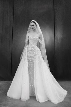 Zuhair Murad Mariage, Zuhair Murad Bridal, Zuhair Murad Dresses, Pronovias Bridal, Top Wedding Dresses, Bridal Dresses, Bridal Looks, Bridal Style, Couture Wedding Gowns