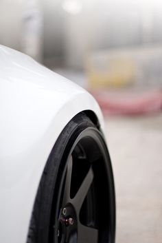 Moar tire stretch <3 Volk Wheels