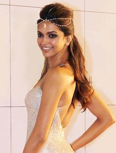 Deepika Padukone was recently spotted at an awards night wearing a pearl matha patti to complement her cream sequin Naeem Khan gown giving the look a mystic Egyptian feel. These head ornaments, once restricted to weddings, are fast gaining popularity as a quirky style statement.