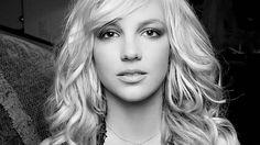 Britney Spears chante en Français et devient la risée du Web