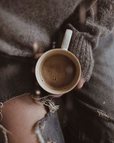 Good Morning Coffee! Pierwsza kawka właśnie wjechała. Kto pije ze mną? #czesckawa #coffee #coffeelover #coffeeholic #morning #morningcoffee…
