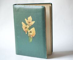 Mid century photo album Soviet emeral green cover by SovietEra