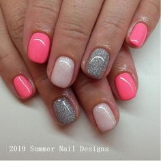 The advantage of the gel is that it allows you to enjoy your French manicure for a long time. There are four different ways to make a French manicure on gel nails. Cute Summer Nail Designs, Cute Summer Nails, Cute Nails, Summer Design, Pink Nails, My Nails, Gel Nagel Design, Nagel Hacks, Cute Acrylic Nails