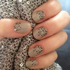 Jamberry envolturas de uñas $ 300 planilla para 4 aplicaciones  https://gema.jamberry.com/mx/es/shop/shop/for/nail-wraps?collection=collection%3A%2F%2F1123&page