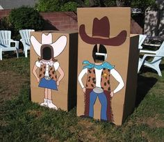 Shabby Chic Cowgirl Birthday Party: DIY painted cardboard box photo booths