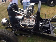 32 Ford chassis with supercharged twin plug flathead and a rare Frenzel supercharger 1969 Chevelle, Old Hot Rods, Power Motors, Crate Engines, Traditional Hot Rod, T Bucket, 32 Ford, Combustion Engine, Flat Head