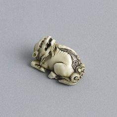 Ivory netsuke of a kirin (c. 1820 Japan)