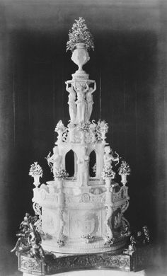 The wedding cake of the Duke and Duchess of Albany, April 27 1882