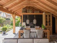 Kapschuur Buurmalsen (13) Porch Roof Design, Patio Roof, Patio Design, Backyard Patio, Lawn And Garden, Home And Garden, Loafing Shed, Build Outdoor Kitchen, Garden Studio