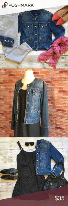 """Gap collarless stretch denim jacket This is a definite wardrobe staple and will quickly become your fall go-to! Collarless. Multi-pockets.Button cuffs can be worn long or rolled. Button front. 20.5""""L. 19"""" bust laying flat. 98/2 cotton, spandex. Excellent condition, no signs of wear. Size medium. *Outfit pieces pictured are also for sale in my closet, buy the look and save! **model shot is lighter wash, shown for fit only. {Location B10} GAP Jackets & Coats Jean Jackets"""