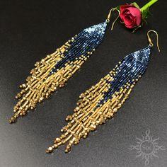 Beaded earrings 158118636905627805 - Source by carine_gourdon Beaded Earrings Patterns, Seed Bead Earrings, Fringe Earrings, Diy Earrings, Seed Beads, Bracelet Patterns, Jewelry Tags, Beaded Jewelry, Handmade Jewelry