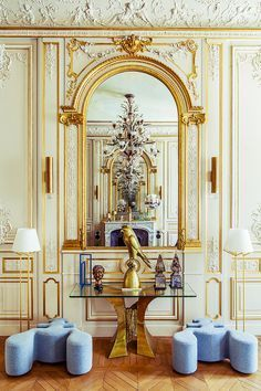 LUXURY INTERIOR DESIGN| A luxury apartment in paris with an amazing selection of furniture| http://bocadolobo.com/ #interiordesignprojects  #moderninterior