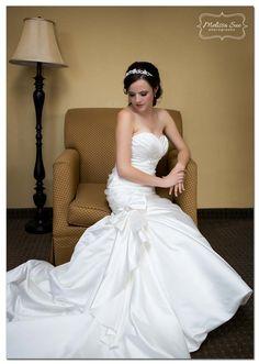 bridal pose #melissasuephotos