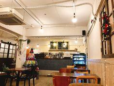 인테리어가 예쁜 동네카페💕 #고덕동 #또봄 #카페