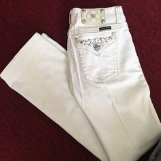 'Miss Me' jeans White bootcut Miss Me jeans, lightly worn, in great condition. Miss Me Jeans Boot Cut