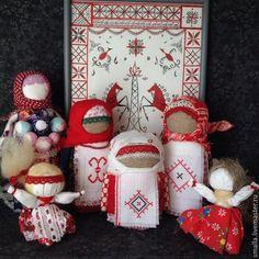 Народные куклы ручной работы. Крупеничка (Зерновушка) Кукла-оберег с вышивкой 27 Берегинь. Smalla house. Ярмарка Мастеров. Достаток