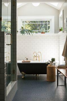Dream black bath