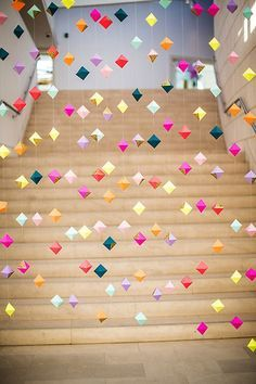16 Origami Pieces to Buy or DIY for Your Home DIY this origami garland for your next party. Party Girlande, Craft Projects, Projects To Try, Weekend Projects, Valentines Day Weddings, Partys, Paper Crafting, Mobiles, Party Planning