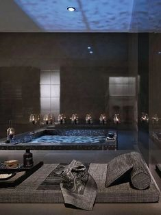 37 Interesting Spa Like Bathroom Designs Perhaps you have not noticed you deserve a fancy bathroom, so we put together a little gallery of 37 spa-like bathroom designs to inspire you. Spa Bathroom Design, Spa Like Bathroom, Spa Design, Dream Bathrooms, Beautiful Bathrooms, Bathroom Ideas, Luxury Bathrooms, Bathtub Ideas, Light Bathroom