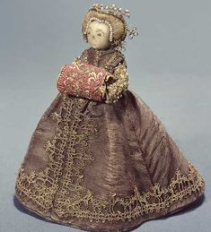 Here's the 16th century fashion doll from the Royal Armory in color