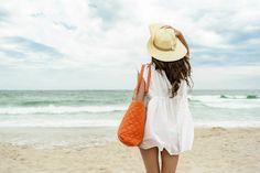 ¡No te pierdas estos diseños de bolsos de playa que seguro querrás incorporar a tu look!