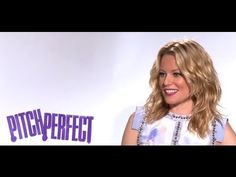 Elizabeth Banks Is on YouTube and It's Aca-Awesome | New Media Rockstars