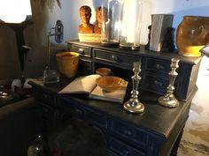 Bureau | antiquitesdecoration Decoration, Furniture, Home Decor, Decor, Decoration Home, Room Decor, Dekoration, Home Furniture, Decorations