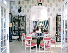 Top 10 Best Interior Designers In Chicago - Alessandra Branca - Chic dining room in white, blue and pink