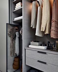 Flush sliding wardrobe - Gliss Master-A Filo - Molteni&C Sliding Wardrobe, Walk In Wardrobe, Wardrobe Design, Walk In Closet, Men Closet, Closet Vanity, Dressing Room Closet, Luxury Closet, Dream Closets