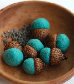 these would be great to make as gifts - lavender filled wool felt acorns - great for drawers or leaving out in the open - bjl