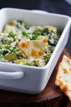 Creamy Parmesan Spinach Artichoke Dip - Rich and creamy dip made with fresh spinach, artichokes and cream cheese for a delicious appetizer. Easy Appetizer Recipes, Yummy Appetizers, Easy Recipes, Dip Recipes, Amazing Recipes, Bread Recipes, Heart Healthy Recipes, Healthy Snacks, Healthy Choices