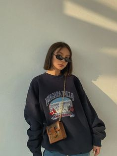 Indie Outfits, Retro Outfits, Cute Casual Outfits, Vintage Outfits, Fashion Outfits, Casual Clothes, Fashion Clothes, Fashion Ideas, Skater Girl Outfits