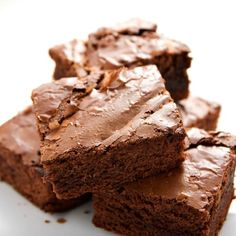 Kathie Lee & Hoda were joined by Judi & Shari Zucker, who shared recipes for allergy-free snacks for kids like Carob Fudge Brownies Recipe. Fudge Brownies, Avocado Brownies, Healthy Brownies, Chocolate Brownies, Chocolate Chips, Homemade Brownies, Baking Chocolate, Flourless Brownie, Zucchini Brownies