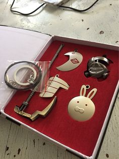 My tokyo ghoul pendant set!! ^o^