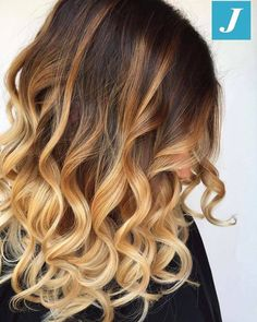Simply perfect. Simply Degradé Joelle! #cdj #degradejoelle #tagliopuntearia #degradé #igers #musthave #hair #hairstyle #haircolour #longhair #ootd #hairfashion #madeinitaly #wellastudionyc #workhairstudiocentrodegradejoelle #roma #eur