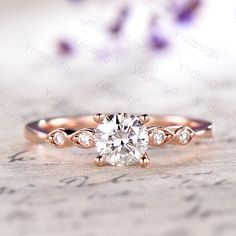 *** Akoya pearl engagement ring rose gold wedding ring bridal ring *** The ring is combined with curvaceous marquise element and delicate main stone, design it to fix small finger perfectly. Ring Set, Ring Verlobung, Diamond Wedding Rings, Diamond Engagement Rings, Unique Rings, Marquise Diamond, Moissanite, Promise Rings, Cut